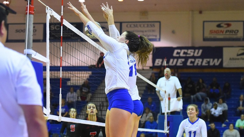 Volleyball Moves to 8-3 in Conference Play With Win Over Sacred Heart