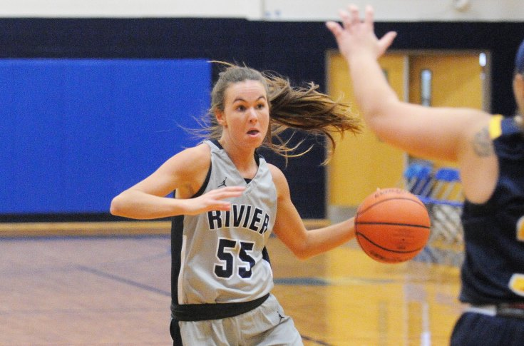 Women's Basketball: Meehan's triple-double leads Raiders past USJ, 84-73