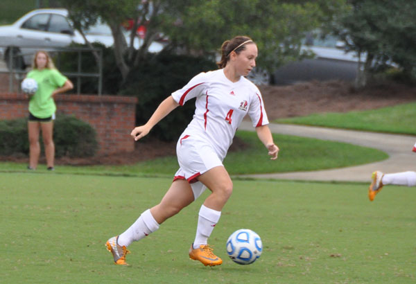 Women's Soccer: Panthers break out in second half to down Huntingdon