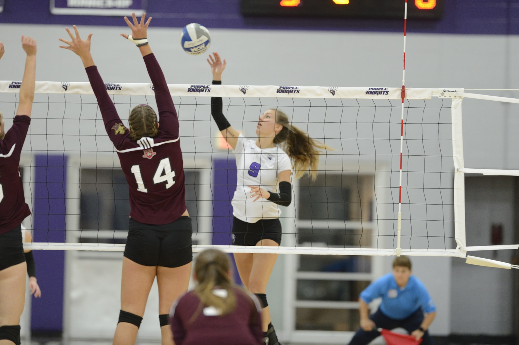 Purple Knights Wrap Up Play At Barry Invitational With A Pair Of Four-Set Defeats