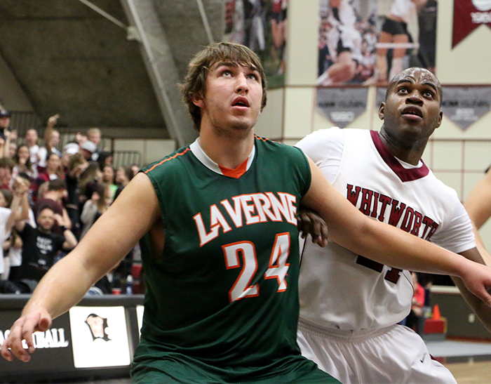 Men's Basketball rally falls just short at No. 3 Whitworth