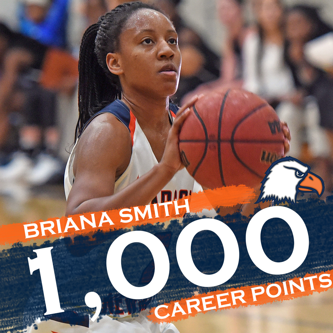 Smith nets 1,000th point, sizzling second half by L-R upends No. 20 C-N