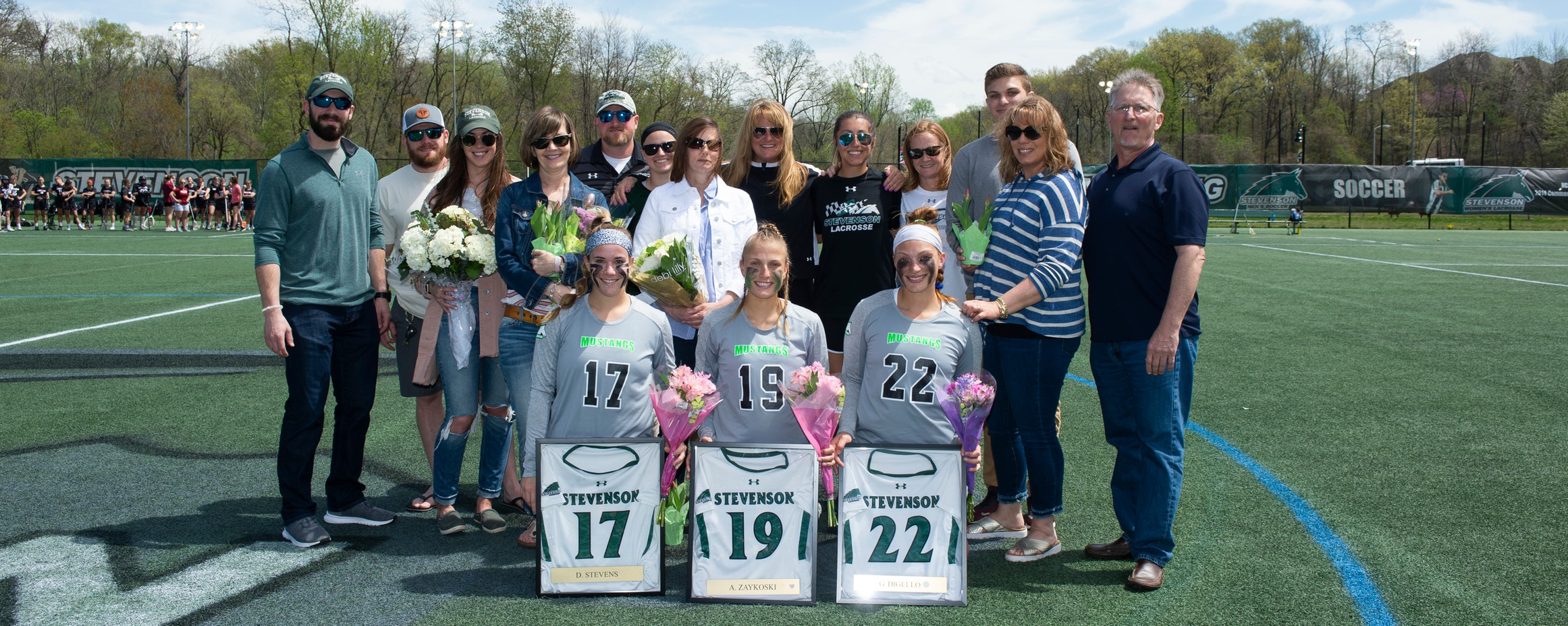 Mustangs Cruise to 22-4 Victory Over Arcadia on Senior Day