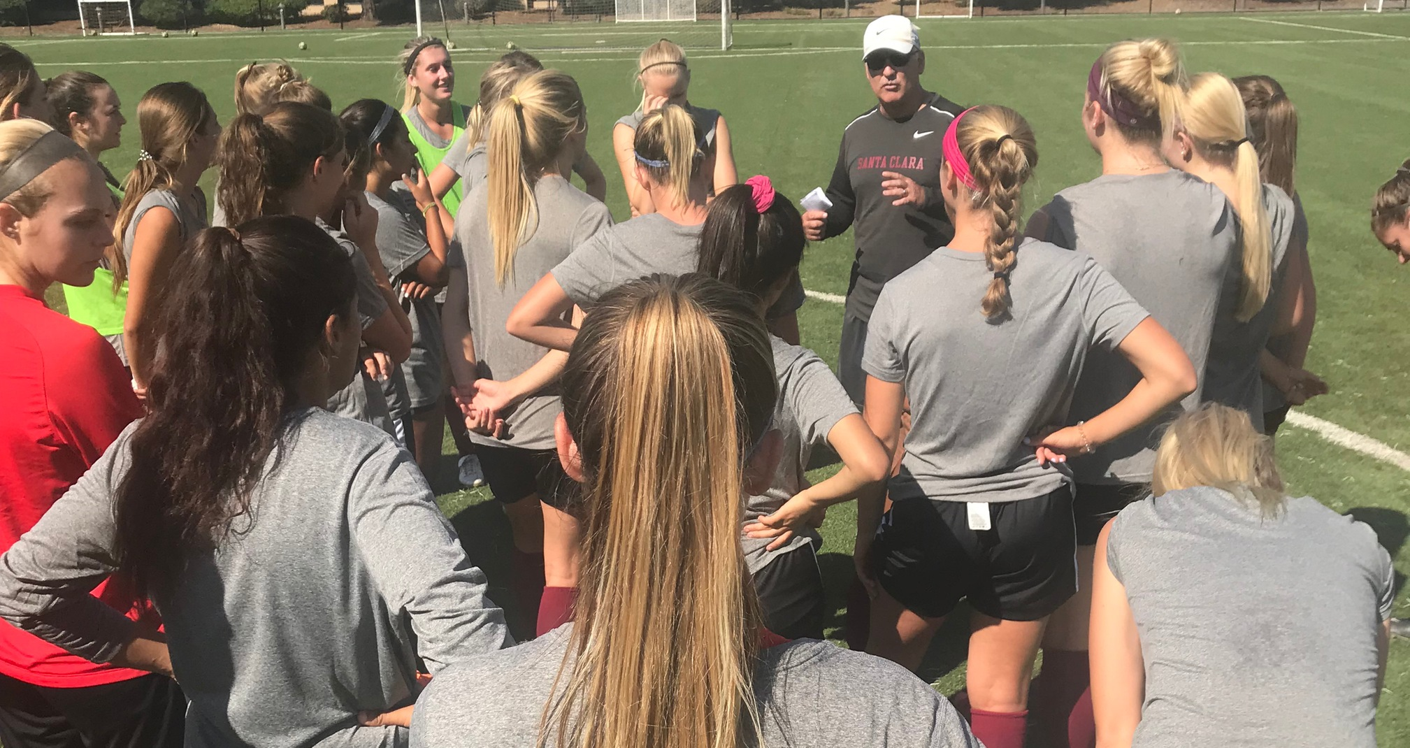 Women's Soccer Officially Opens Practice for 2018 Season