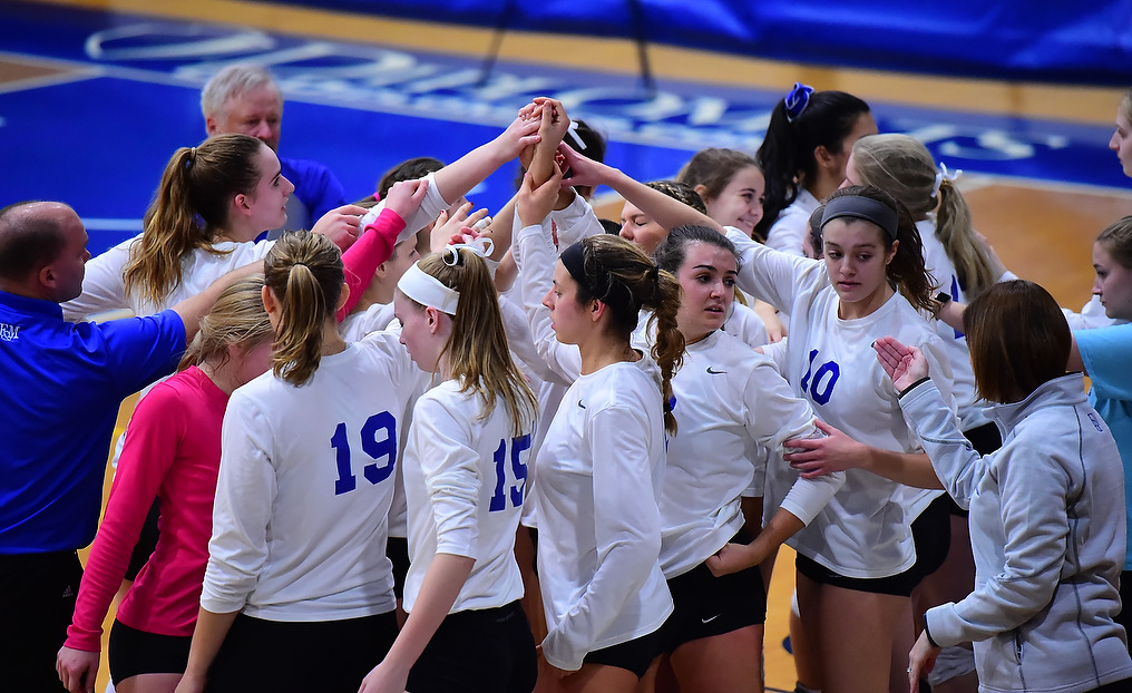 Volleyball Takes on McDaniel in Semis, Ready to Host Tournament - CC Tournament Notes