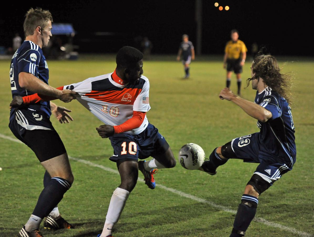 Eagles fight to 1-1 draw at Lenoir-Rhyne