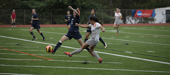 Women's Soccer Battles Whitworth to a 1-1 Tie
