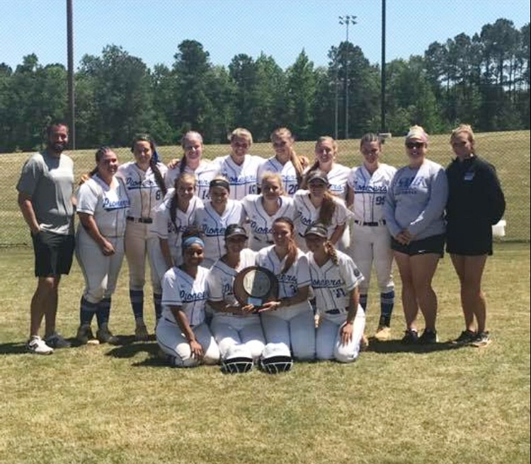 Softball Finishes 2nd in Region X Tournament