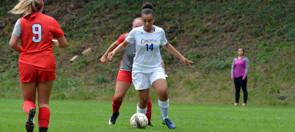 Hellier Etches Name In Women's Soccer Record Book in Loss To Parkside