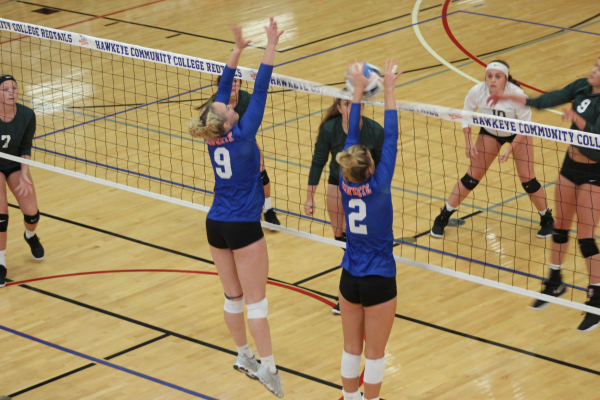 RedTail Volleyball Sweeps Ellsworth in Conference Opener