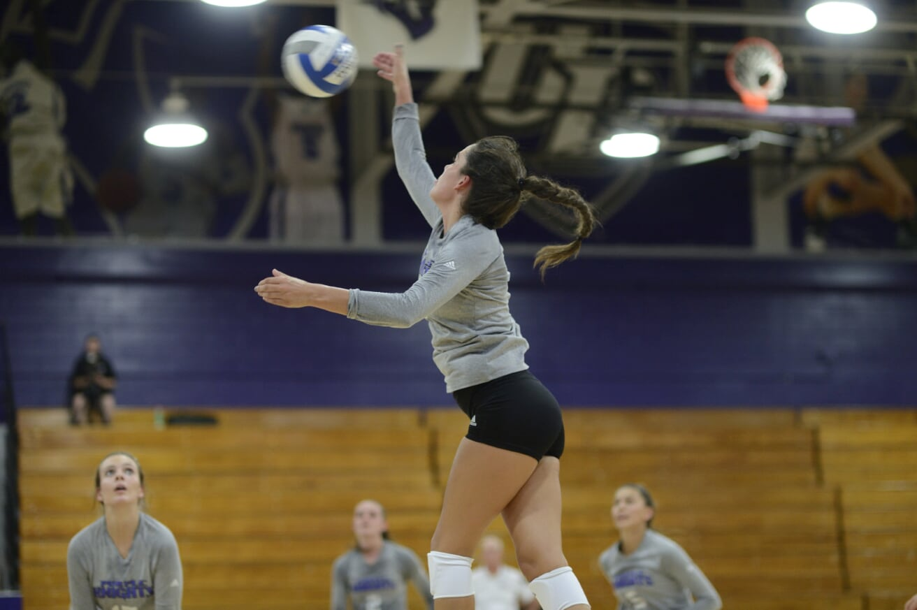 Volleyball Picks Up Third Straight Win With Four-Set Road Victory Over St. Rose
