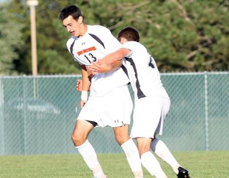 Myers scores twice to lead No. 4 Men's Soccer over Anderson (Ind.)