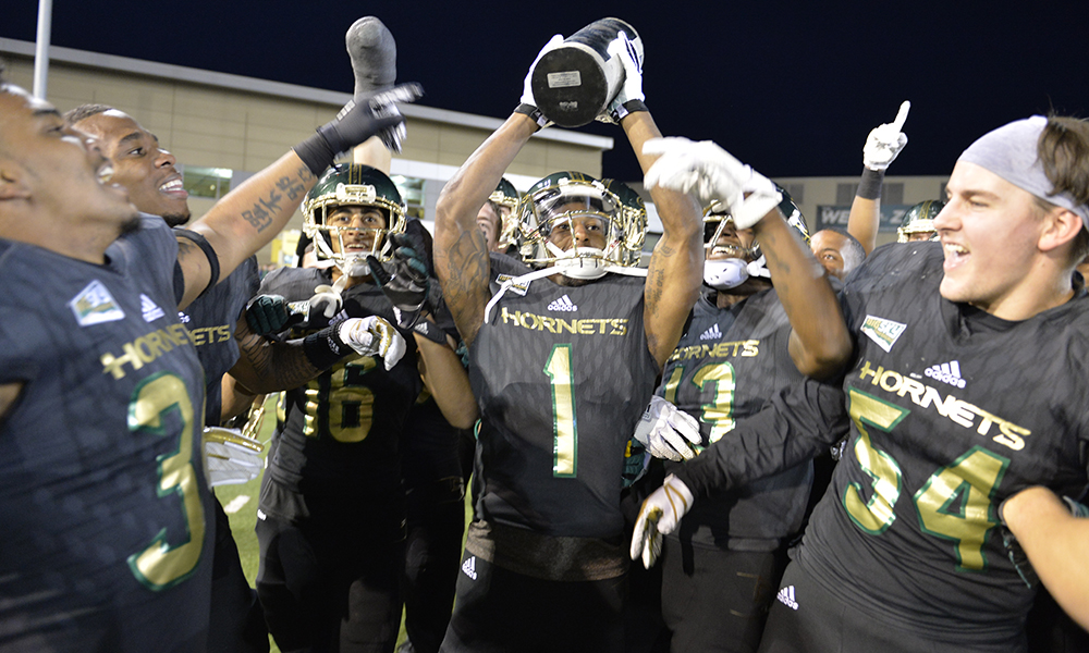CAUSEWAY CHAMPS! FOOTBALL OUTLASTS UC DAVIS, 52-47, IN RECORD BREAKING WIN