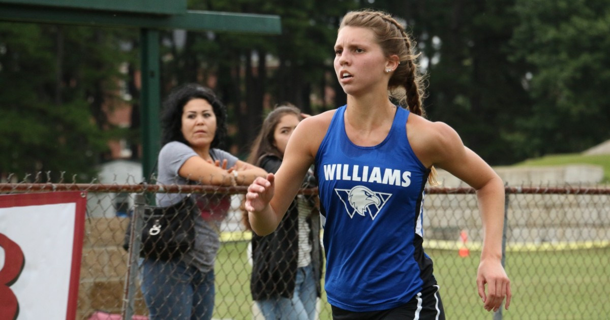 Photo for Cross Country Performs Well in Little Rock