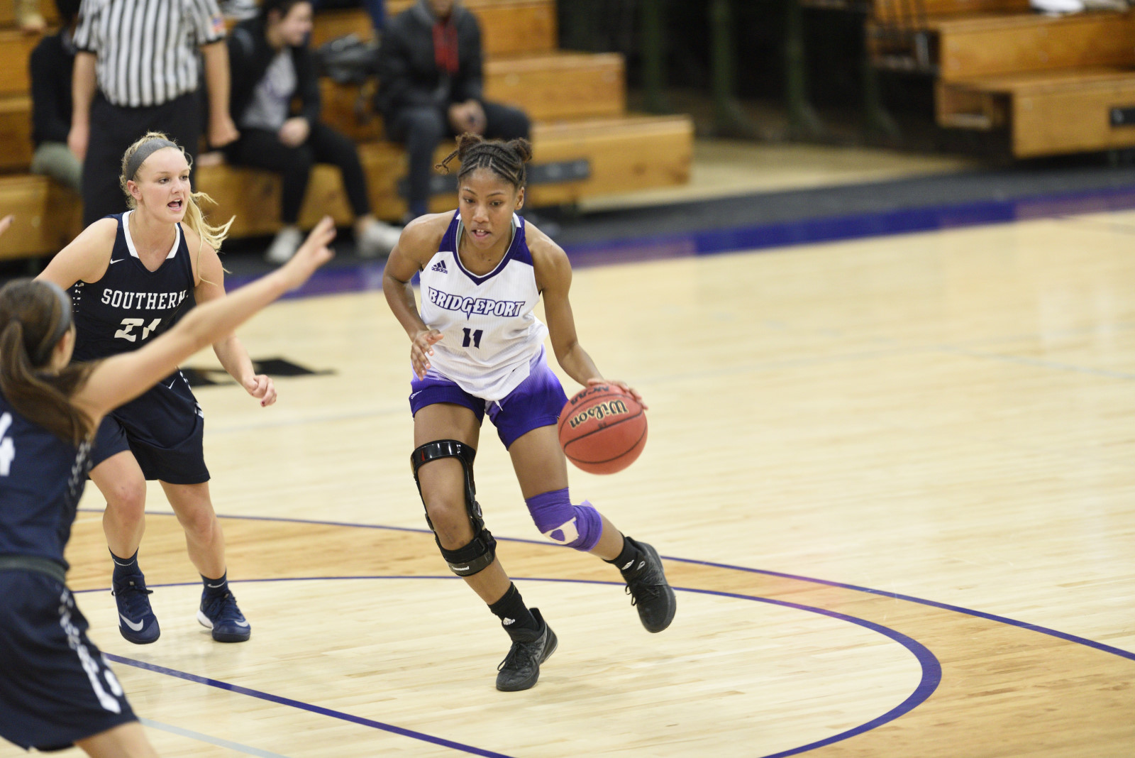 Women's Basketball Falls In Heartbreaker At The Buzzer To Queens (N.Y.) College, 62-59