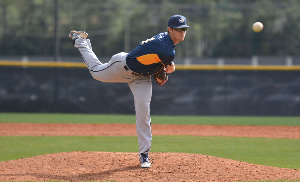 Emory Baseball Withholds Late WashU Rally; Defeat Bears 8-6