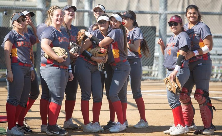 COD Softball celebrates 2020 home opener by mercying the Knights, 19-0