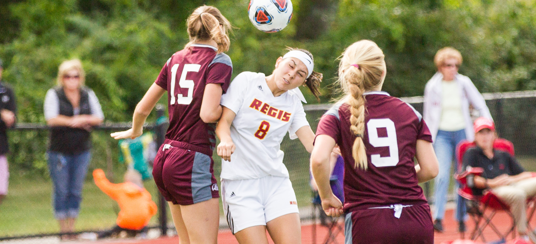 Women's Soccer Plays St. Joseph's (Me.) To 1-1 Draw