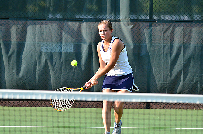 Women's Tennis Sweeps D'Youville in AMCC Action