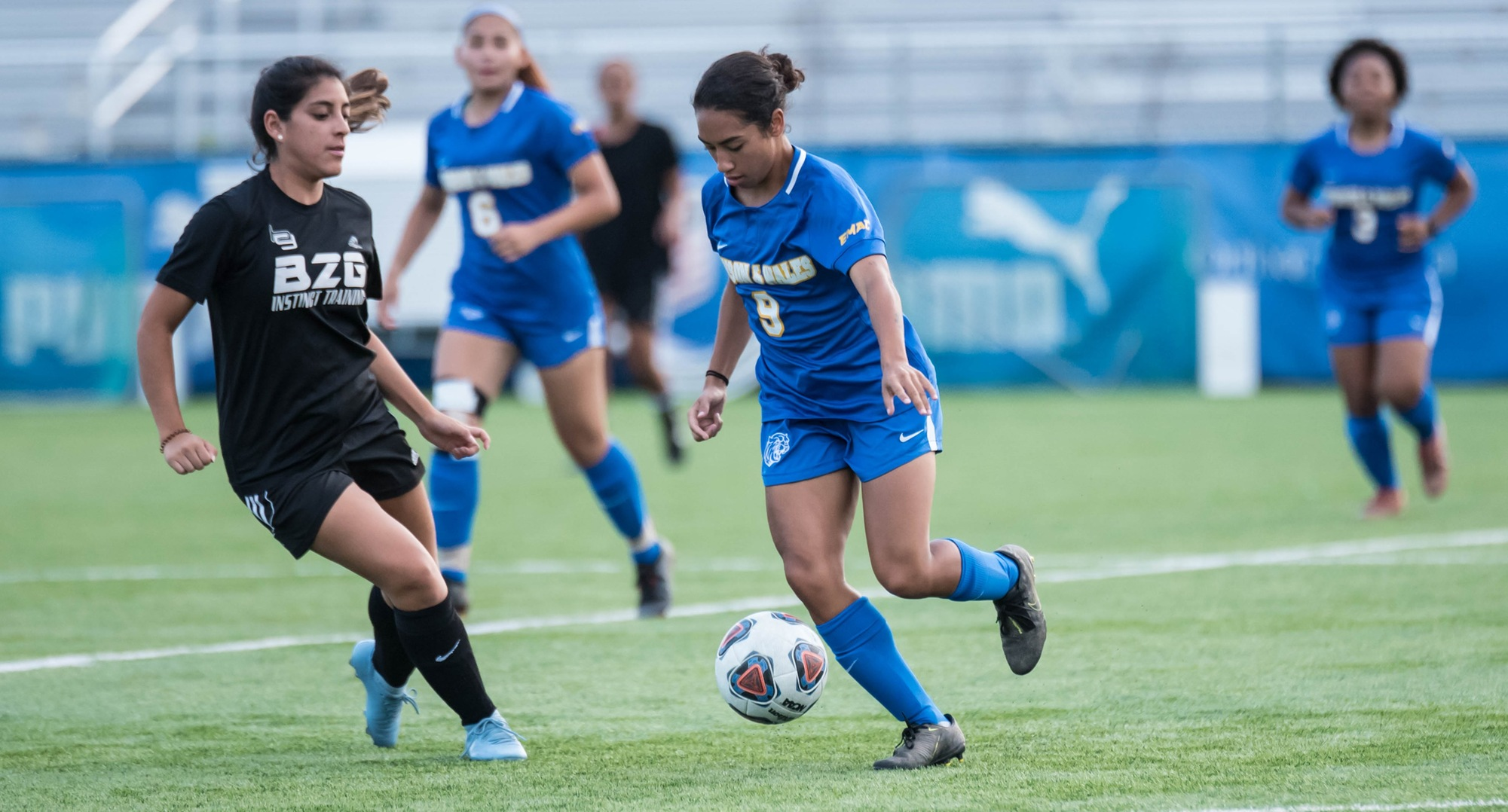 Women's Soccer Opens Season With Dominant Performance