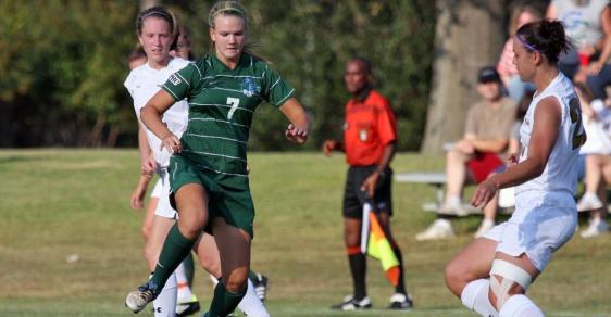 Freshman Knott Helps Bobcats Claw Past Braves, 1-0