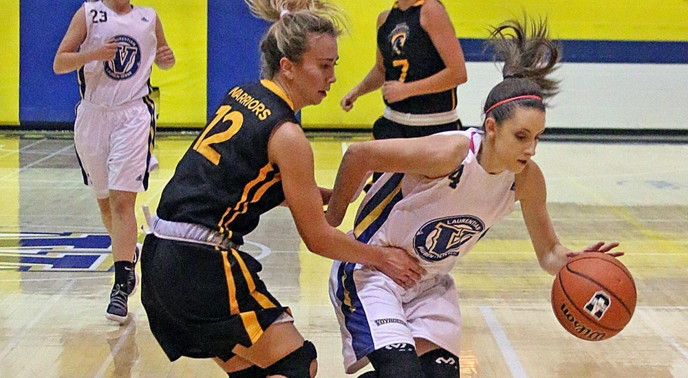WBB | Balanced Attack Leads Voyageurs to Victory