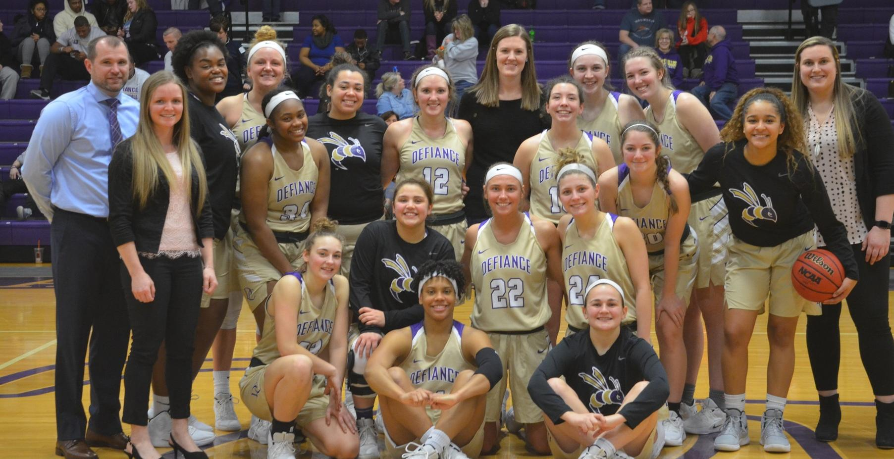 Women's Basketball Defeats MSJ in Pivotal HCAC Match-Up