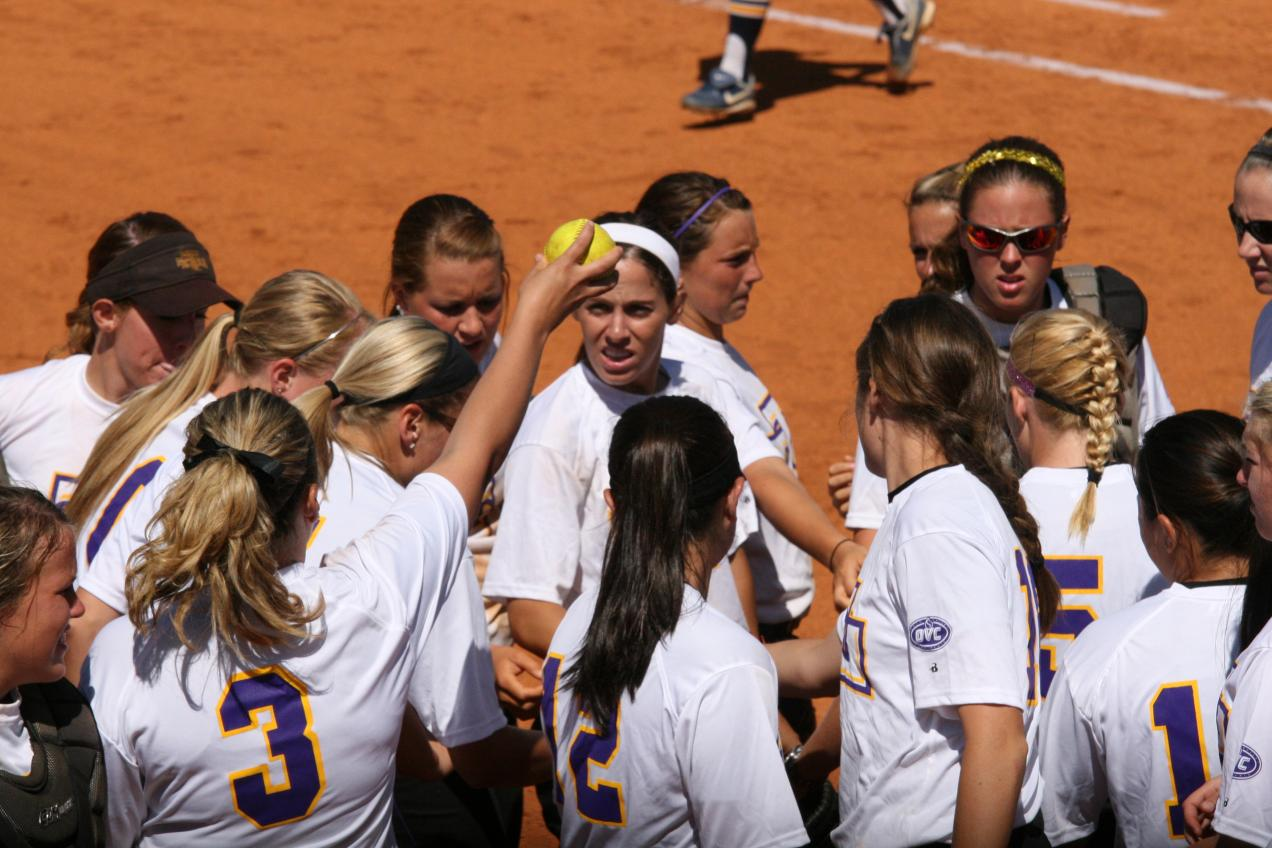 Golden Eagles knock off Jacksonville State to advance in winner's bracket