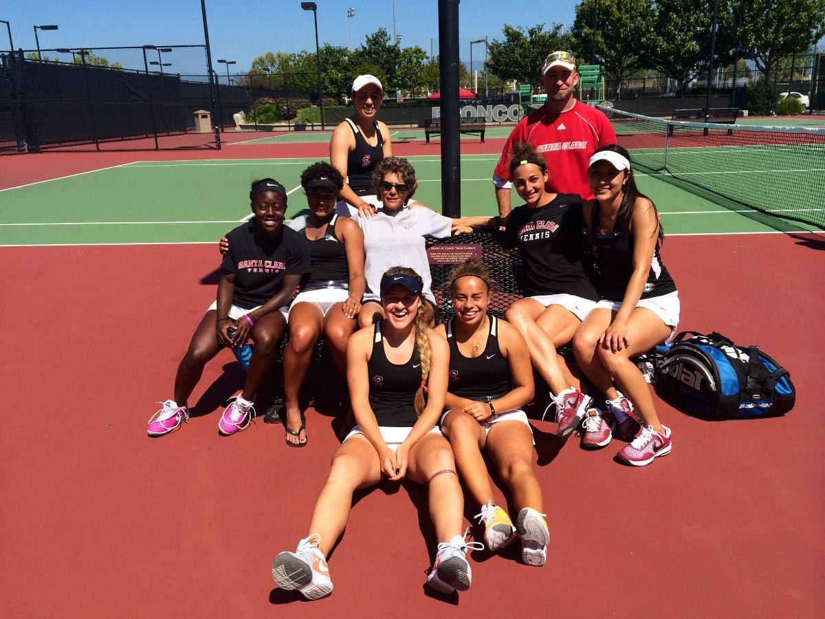 Women's Tennis Clinches Senior Day Victory