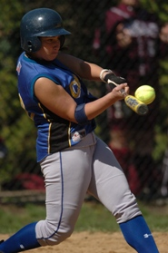 Pioneers Sweep Doubleheader Softball