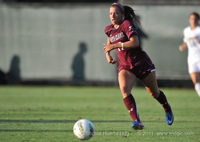 Sofia Huerta Named WCC Player of the Week After Hat Trick