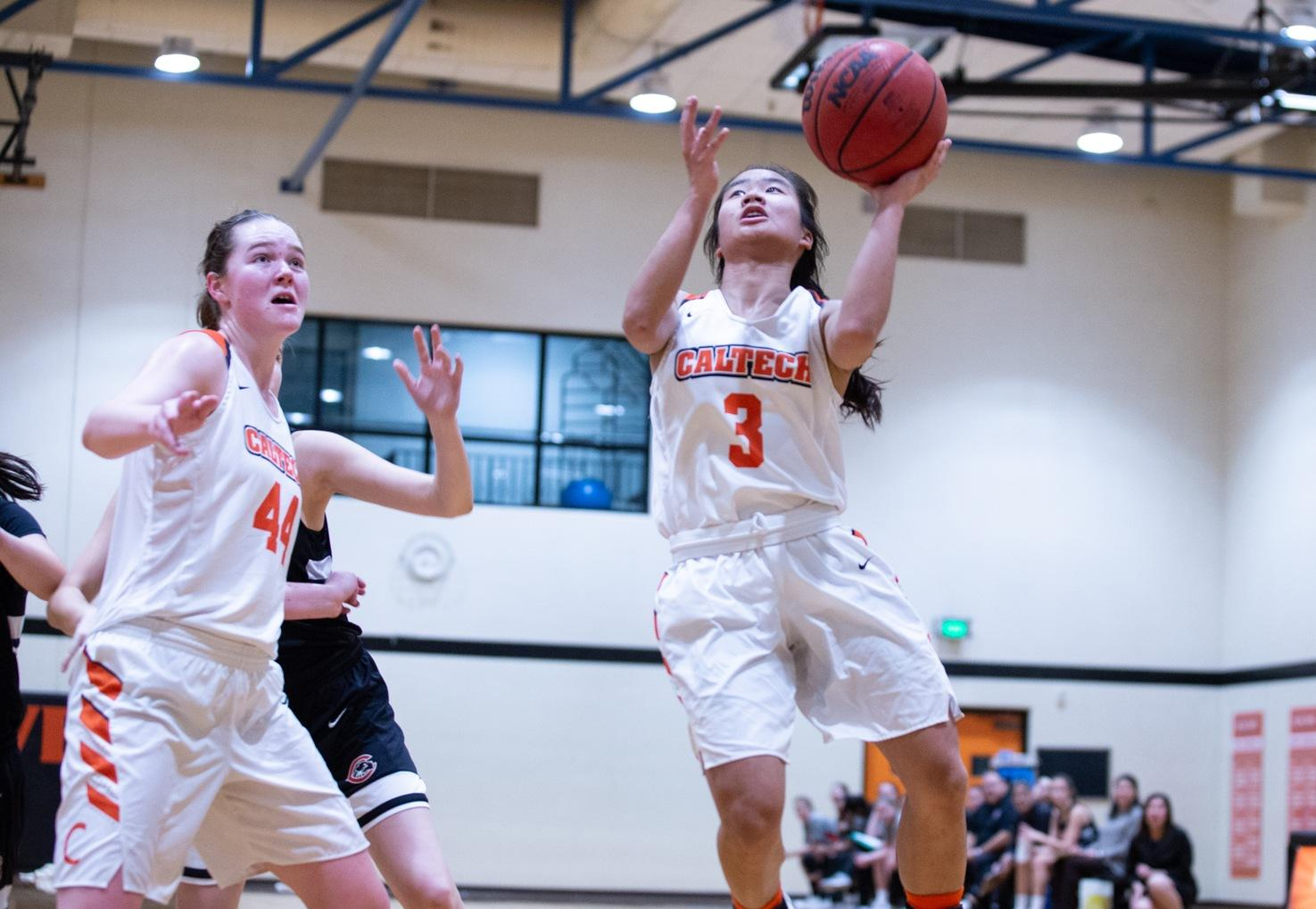 Caltech Hangs on at Oxy, Clinches Winningest Season Ever