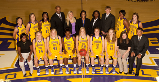 New-look Golden Eagles begin 2009-10 season at Islander Tip-Off Tournament