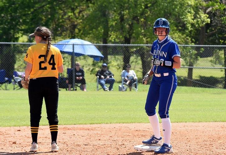 Blinn Softball Sweeps No. 12 San Jacinto, 3-2 and 4-3