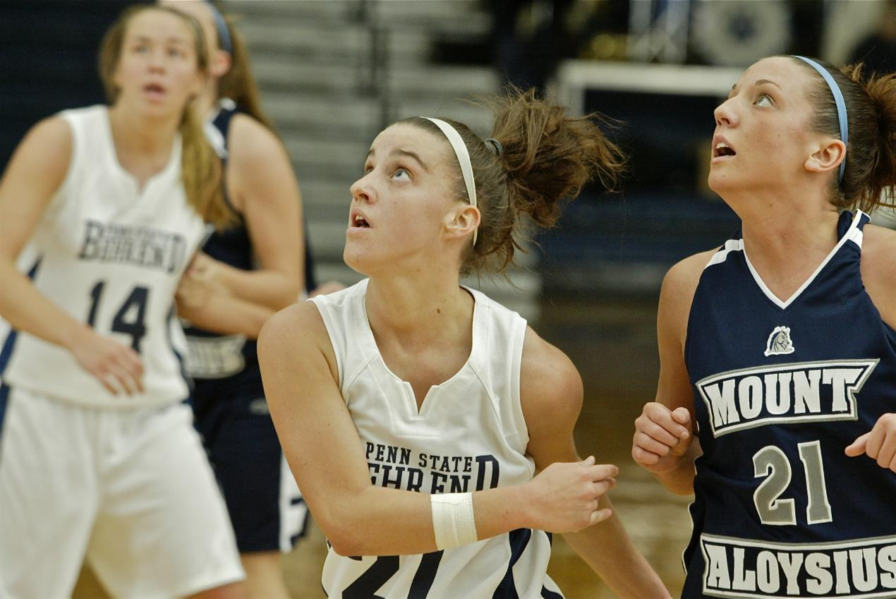 No. 25 Medaille Uses Second Half to Down Behrend