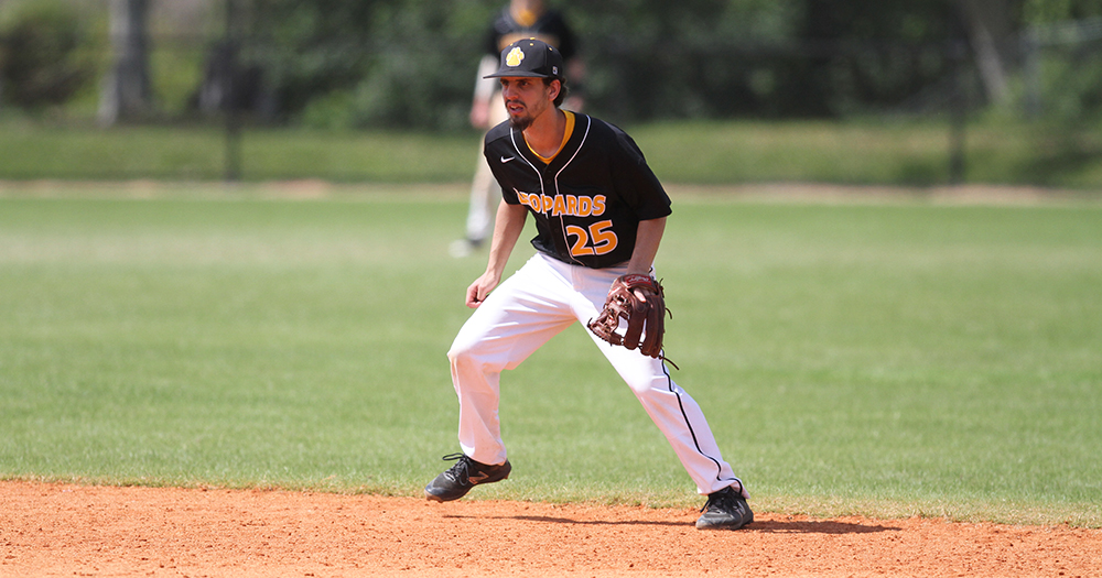 Baseball Battles Back to Split With Salve Regina