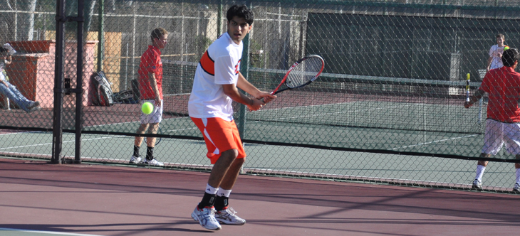 Pomona-Pitzers Keeps Beavers at Bay in Victory