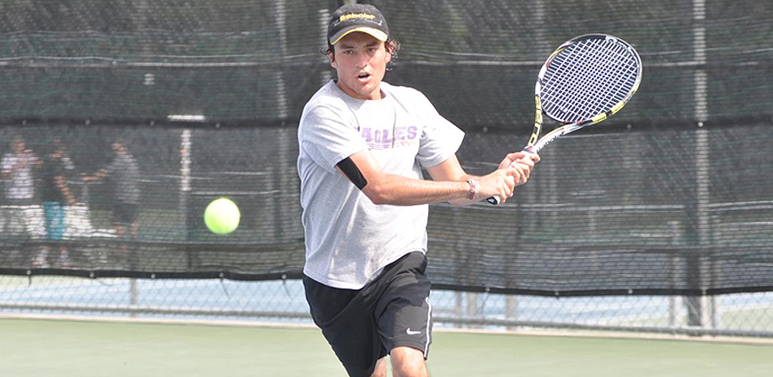 Men's Tennis Team Puts Up Impressive Road Performance