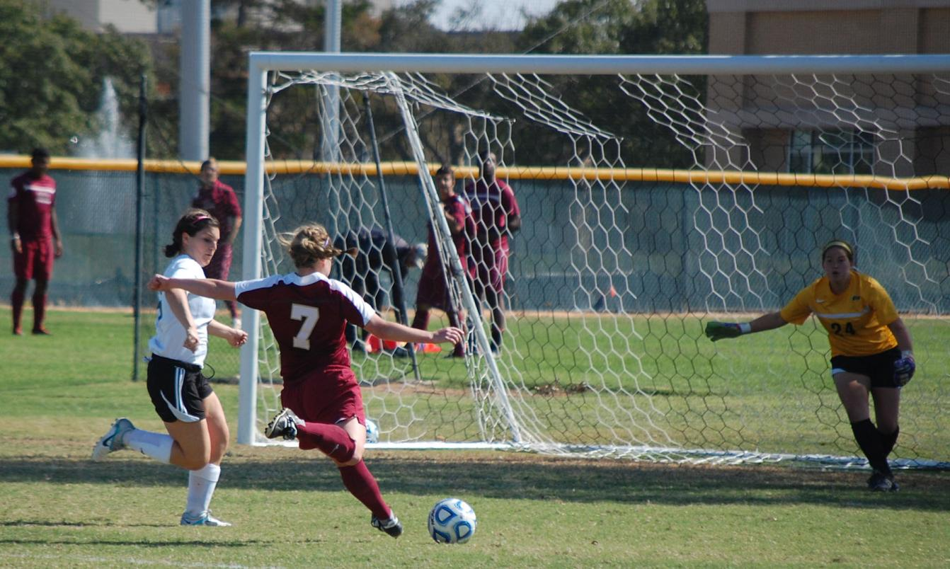 'Roo Women's Soccer Blanked by Rhodes