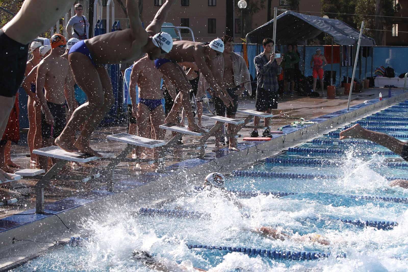 Gaucho Women in First Place Lead, Men Tied for First Day One of MPSF Conference Championships