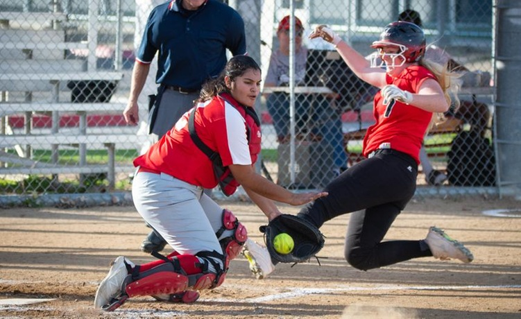 COD Softball fights hard in 5 inning loss to Panthers, 10-0