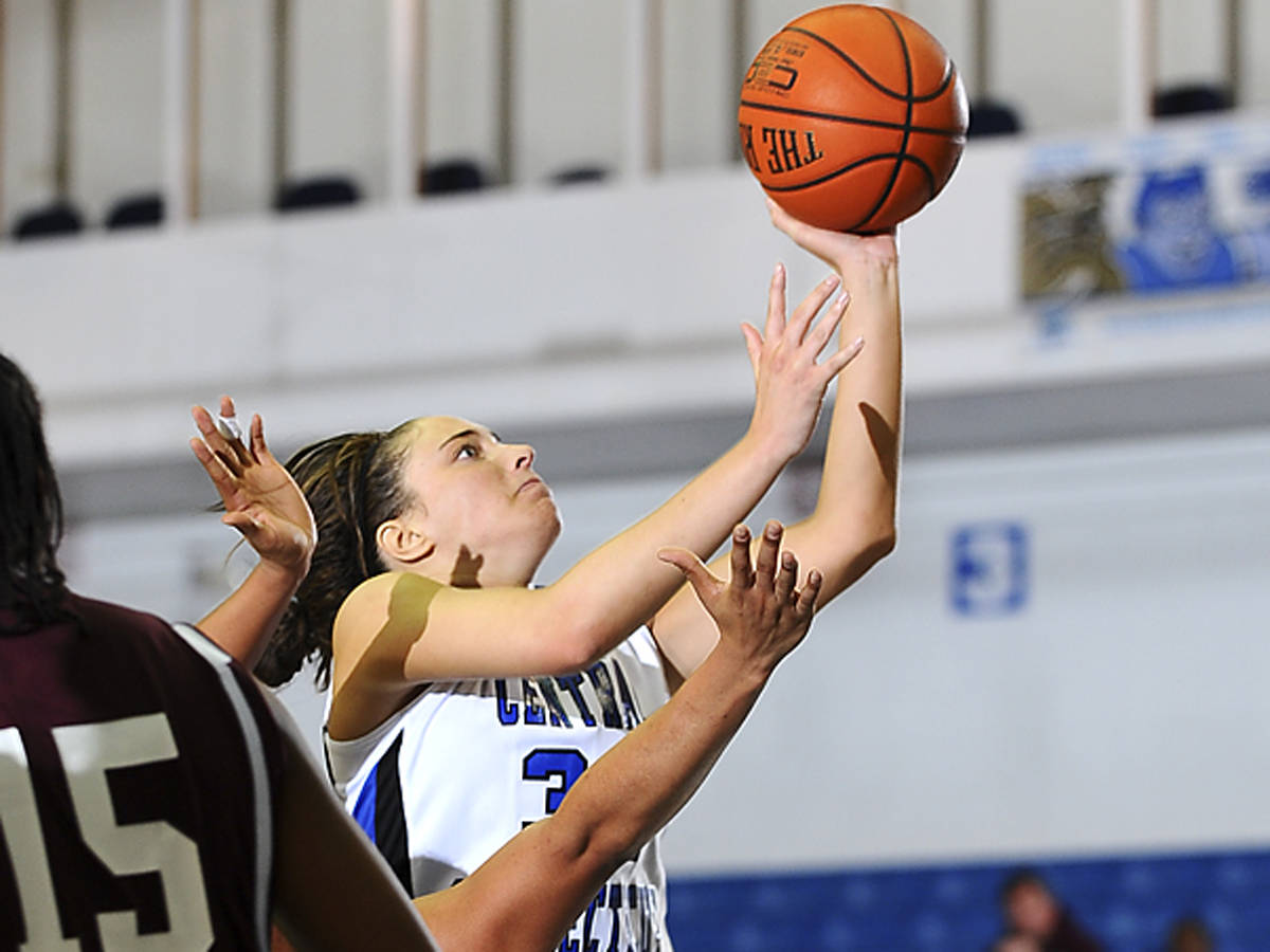 Blue Devils Drop 79-62 Decision at Monmouth