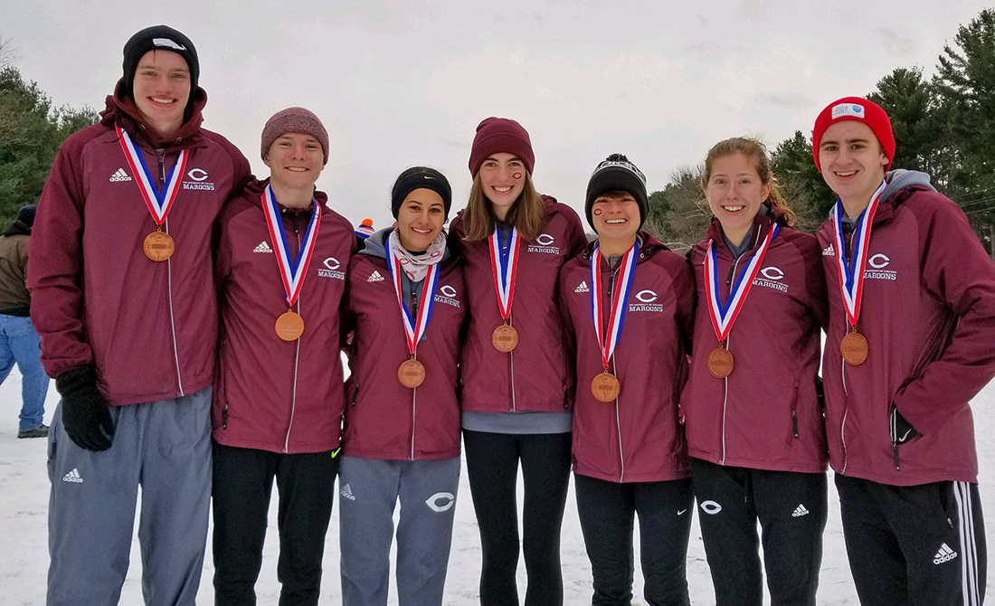Seven UChicago Cross Country Runners Earn All-Region Honors; Teams Place in Top 6