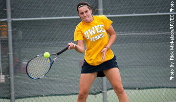 Women's Tennis Opens Spring Break with Win