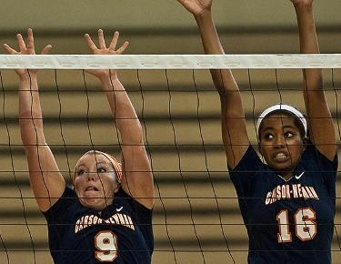 Looking to get back on track, volleyball travels to L-R and Brevard