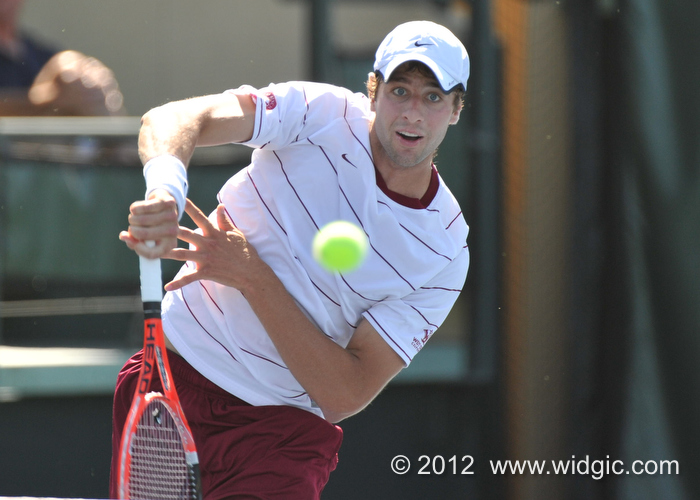 Lamble Wins Semifinal at ITA Regional, Will Play in Finals Wednesday