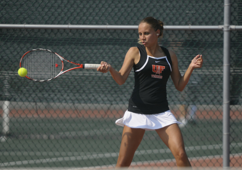 Women's Tennis Starts Year with Win