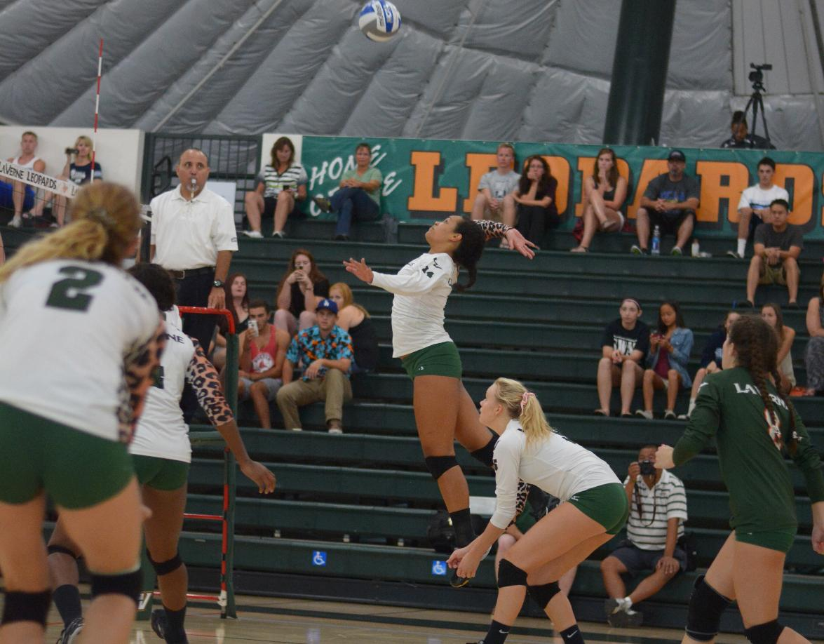 Volleyball's upset bid at No. 9 Cal Lutheran falls short