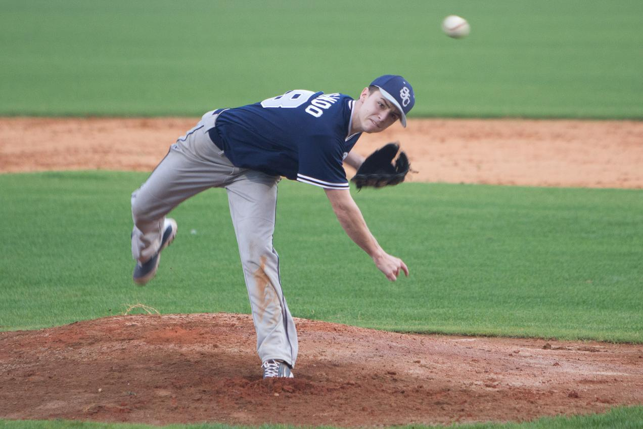 Brigando Throws Two-Hitter as Baseball Earns Split With CSI
