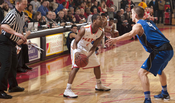 PREVIEW: Bulldog Men's Basketball Hosts NU, LSSU In Key League Games